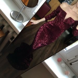 Dresses & Skirts - Wine/Maroon Off Shoulder Sweetheart Dress
